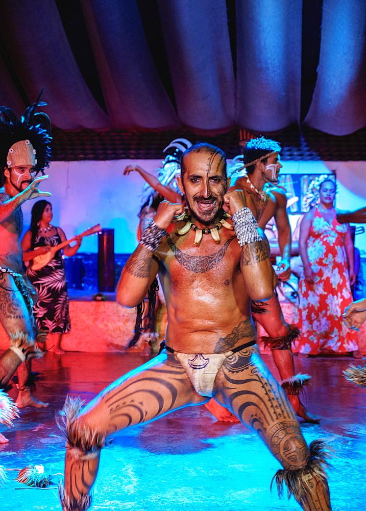Kari Kari Cultural Ballet Show, Hanga Roa, Easter Island, Chile, South America