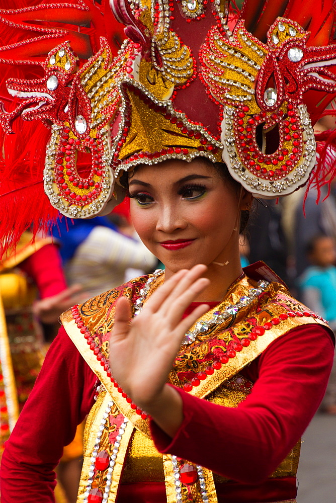 Indonesian woman taking part in a carnival celebrating Malang's 101st year anniversary, Malang, East Java, Indonesia, Southeast Asia, Asia - 1262-152