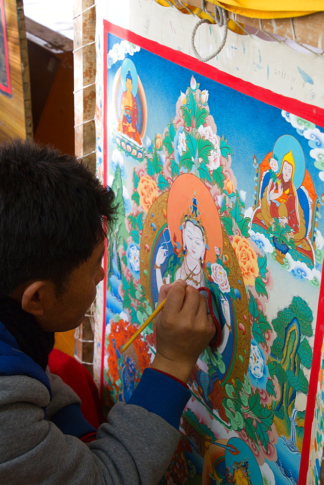 Thangka painting at the Norbulingka Tibetan Institute of Tibetan Arts and Culture, Dharamsala, Himachal Pradesh, India, Asia