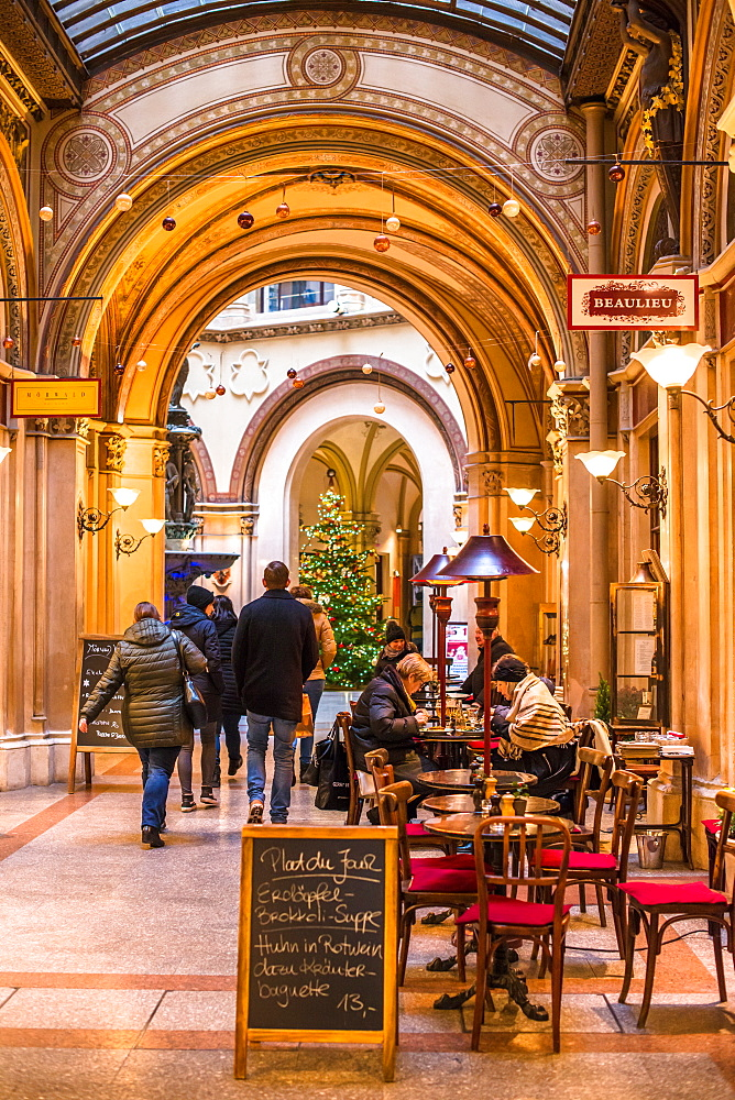 Cafe and shops in the Freyung Passage, Palais Ferstel, Herrengasse street, Innere Stadt, Vienna, Austria, Europe