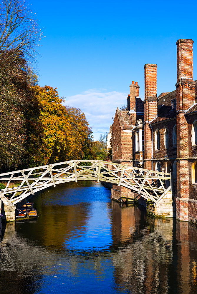 Mathematical Bridge at Queens College, Cambridge University, Cambridge, Cambridgeshire, England, United Kingdom, Europe