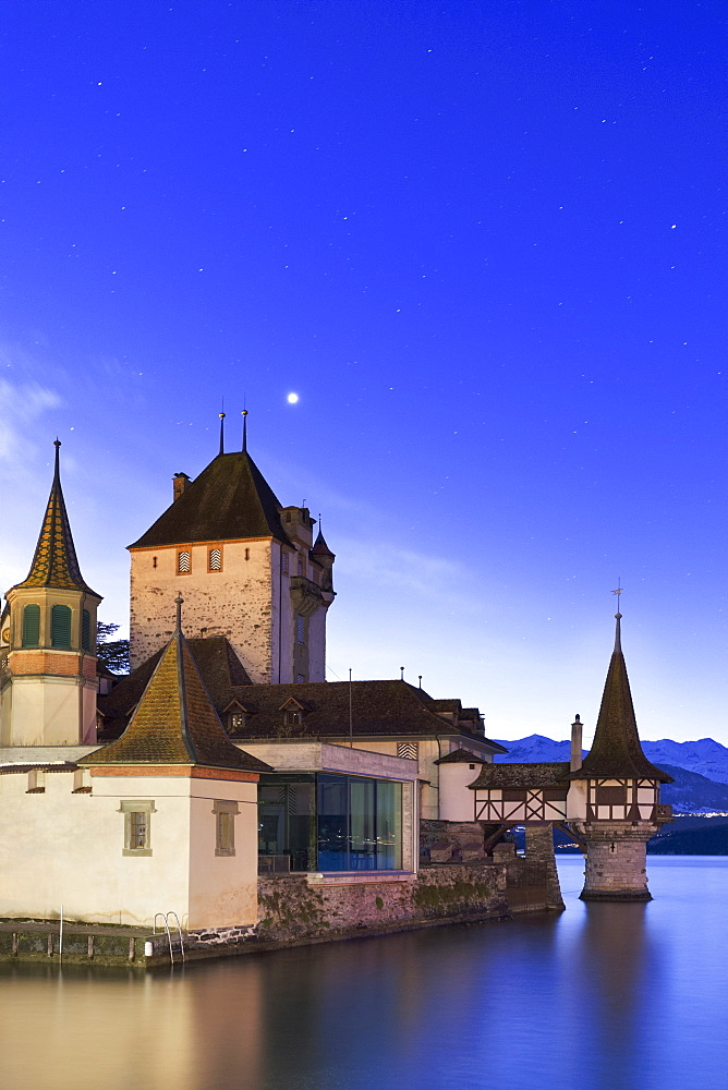 Night at the castle of Oberhofen am Thunersee, Canton of Bern, Switzerland, Europe.