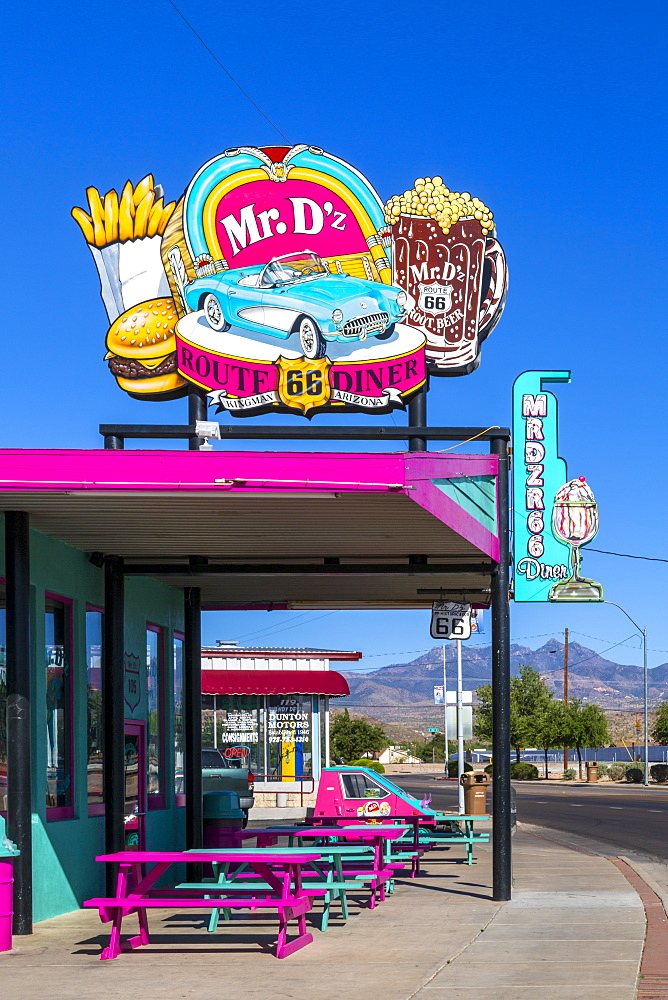 Mr. D'z Diner, Route 66, Kingman, Arizona, United States of America, North America