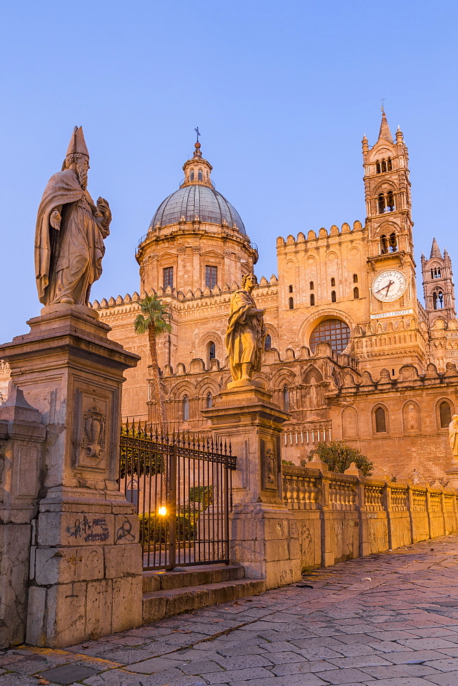 The Palermo Cathedral (UNESCO World Heritage Site) at dawn, Palermo, Sicily, Italy, Europe - 1283-757