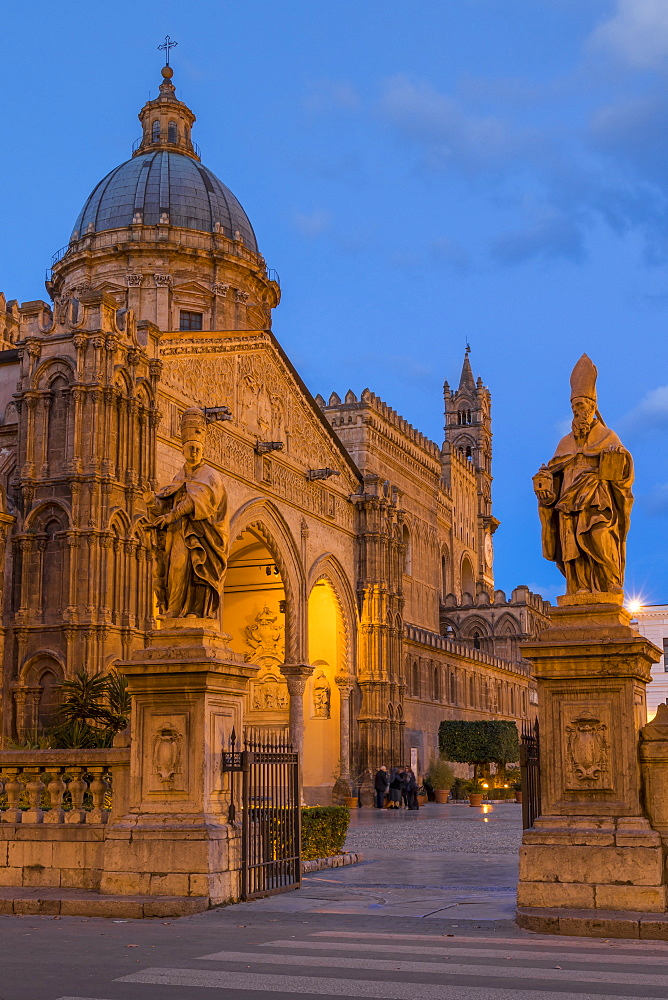 The Palermo Cathedral (UNESCO World Heritage Site) at dawn, Palermo, Sicily, Italy, Europe - 1283-770