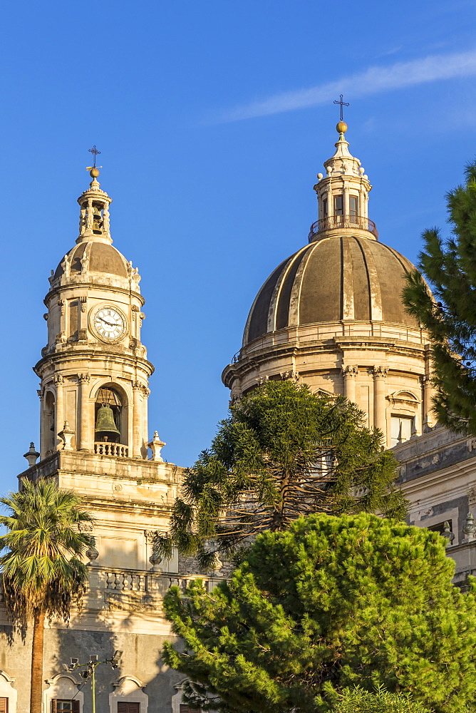 The Catania Cathedral, Catania, Sicily, Italy, Europe - 1283-784