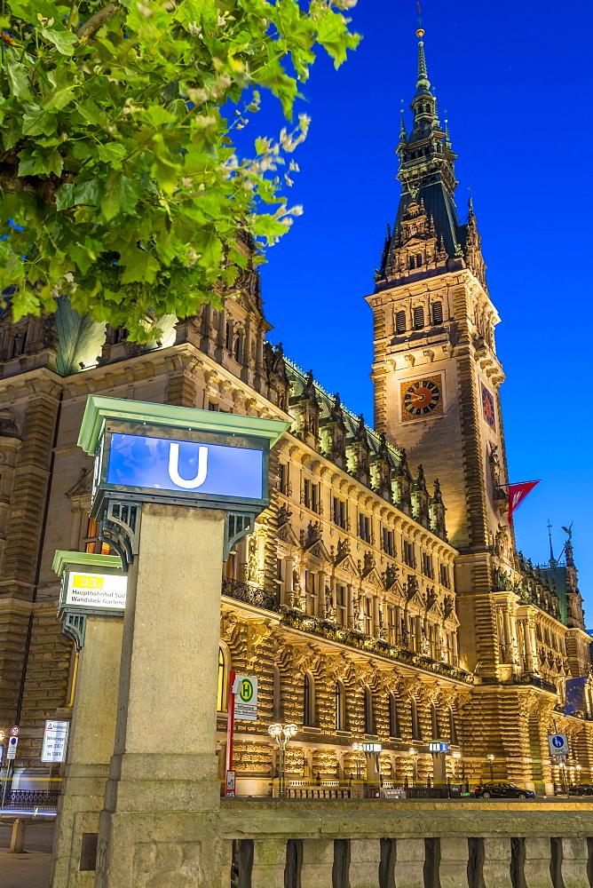 The illuminated town hall at dusk, Hamburg, Germany, Europe
