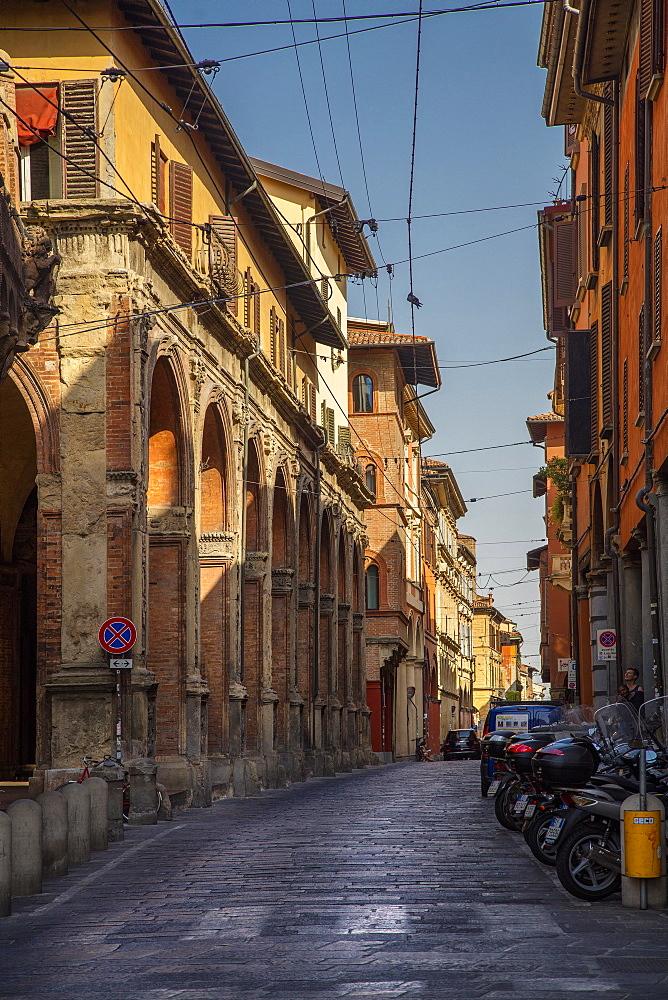 Strada Maggiore, Bologna, Emilia-Romagna, Italy, Europe