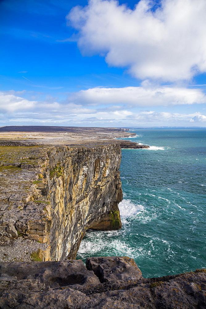 Dun Aonghasa, Inish More, Aran Islands, Republic of Ireland, Europe