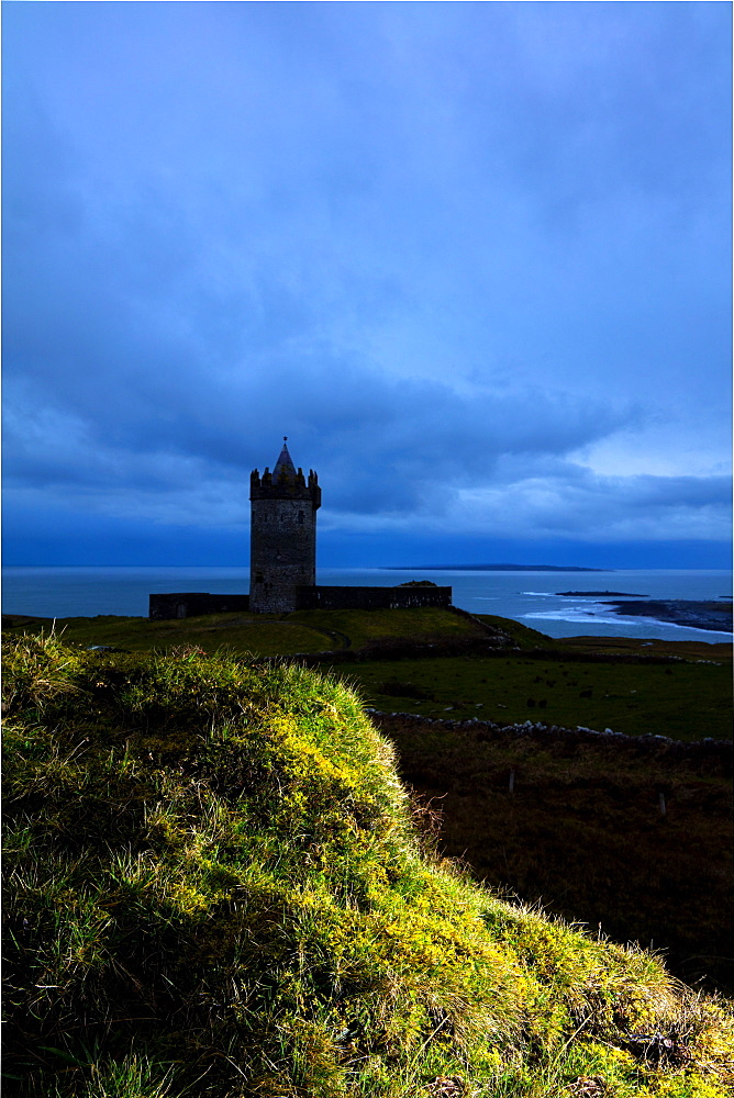 Doonagore Castle, Doolin, Cliffs Coastal Walk, County Clare, Munster, Republic of Ireland, Europe
