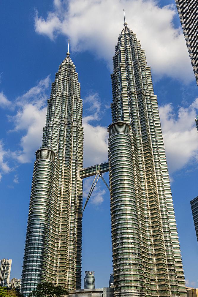 Petronas Twin Towers, Kuala Lumpur, Malaysia, Southeast Asia, Asia - 1297-1073