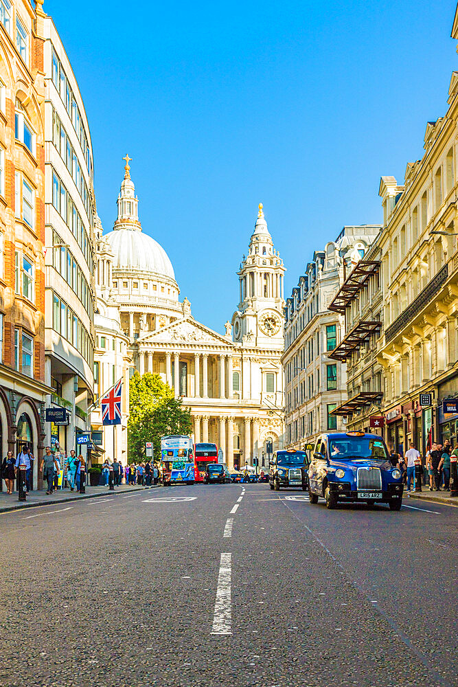St. Pauls Cathedral in London, England, United Kingdom, Europe - 1297-1120
