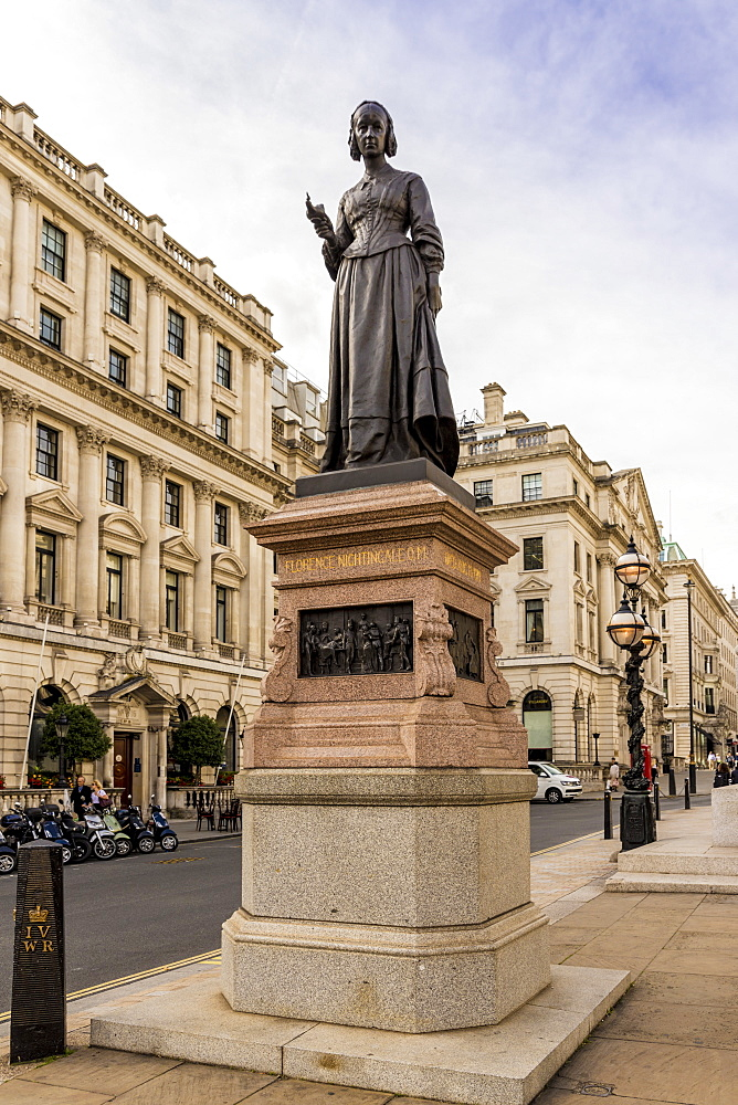 The Florence Nightingale statue, Waterloo Place, St. James, London, England, United Kingdom, Europe