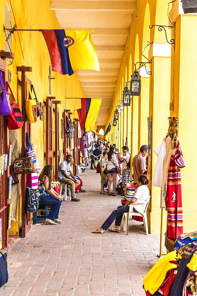 Tourist souvenir shops in Plaza de las Bovedas, Cartagena de Indias, Colombia, South America