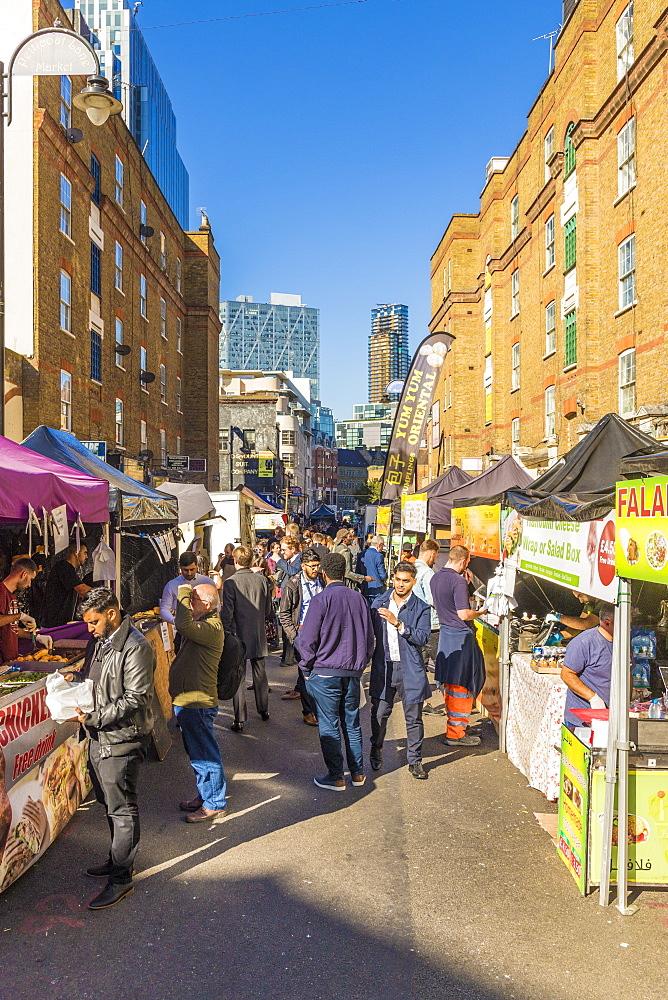 Food stalls in Petticoat Lane market, London, England, United Kingdom, Europe