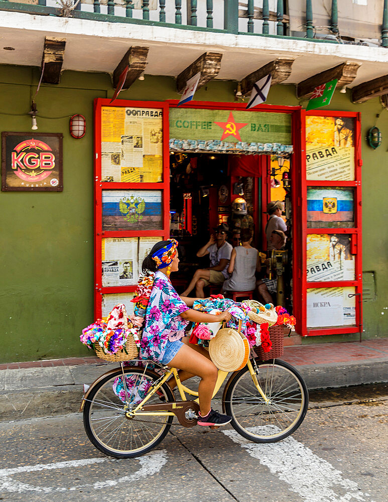 A colourful street scene in the old town in Cartagena de Indias, Colombia, South America.