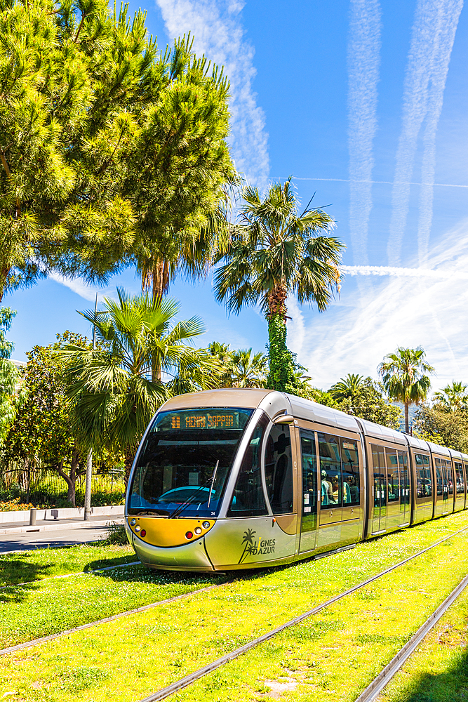 A tram in Nice, Alpes Maritimes, Cote d'Azur, French Riviera, Provence, France, Mediterranean, Europe
