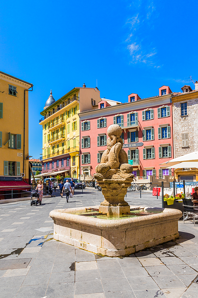 Saint Francois Square in the Old Town, Nice, Alpes Maritimes, Cote d'Azur, French Riviera, Provence, France, Mediterranean, Europe