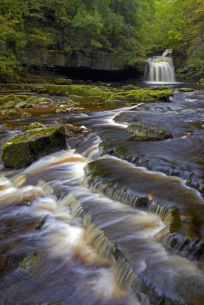 Cauldron Falls, West Burton, North Yorkshire, England, United Kingdom, Europe