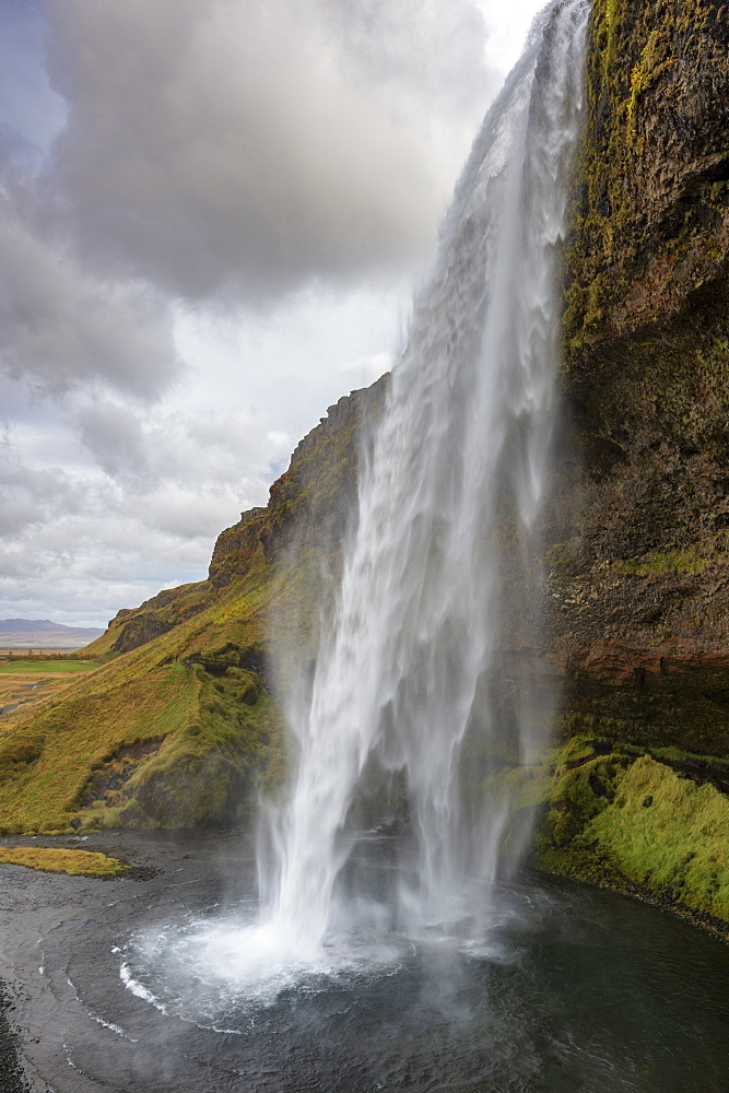 Seljalandsfoss Waterfall, Seljalandsa River, South Island, Island