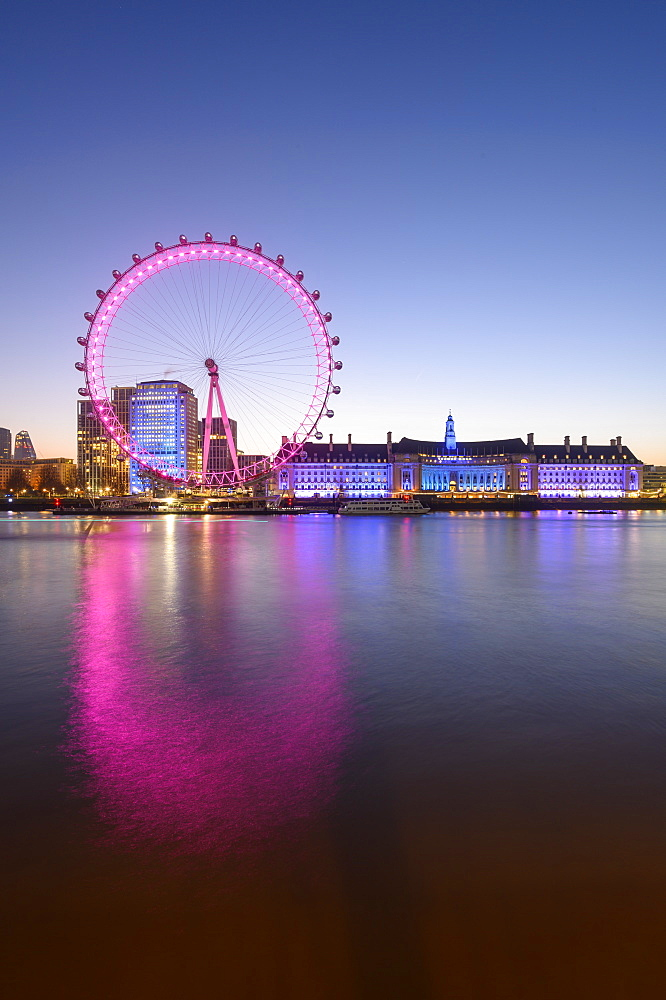 Millennium Wheel (London Eye), Old County Hall, London Aquarium, River Thames, South Bank, London, England,