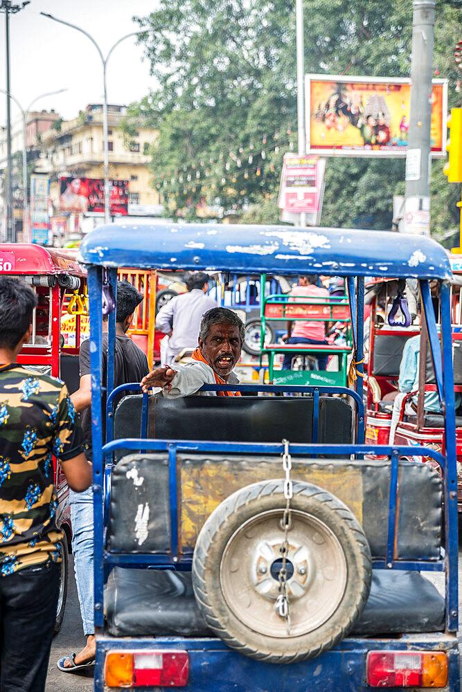 Street scene, Chandni Chowk, Old Delhi, India, Asia - 1341-1