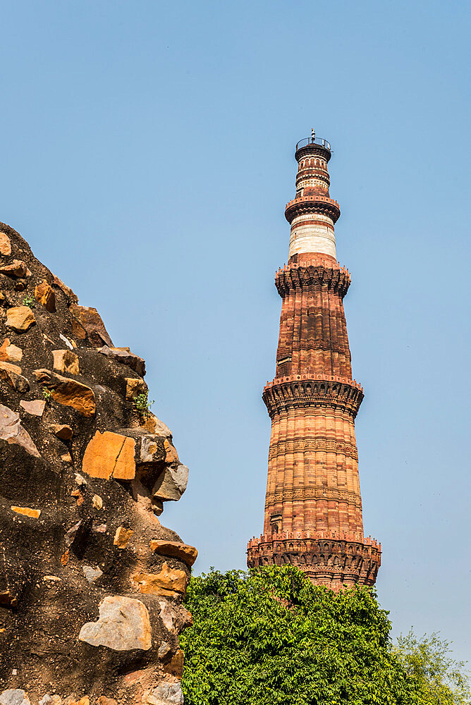 Qutub Minar, minaret and victory tower, UNESCO World Heritage Site, New Delhi, India, Asia - 1341-28