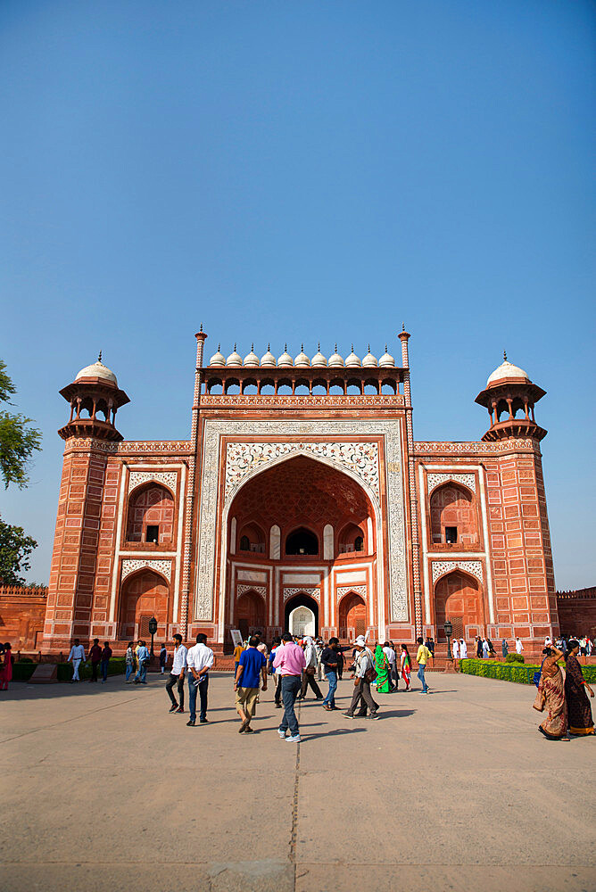 Royal Gate, Taj Mahal, UNESCO World Heritage Site, Agra, Uttar Pradesh, India, Asia - 1341-42