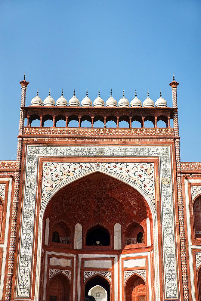 Royal Gate, Taj Mahal, UNESCO World Heritage Site, Agra, Uttar Pradesh, India, Asia - 1341-43