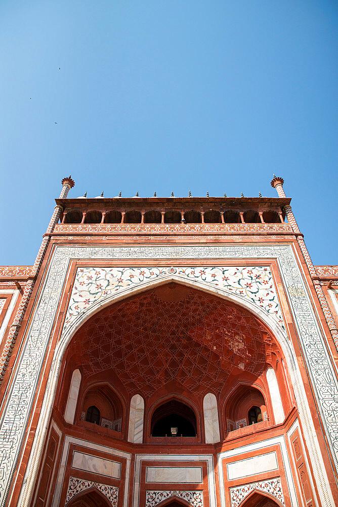 Royal Gate, Taj Mahal, UNESCO World Heritage Site, Agra, Uttar Pradesh, India, Asia - 1341-44
