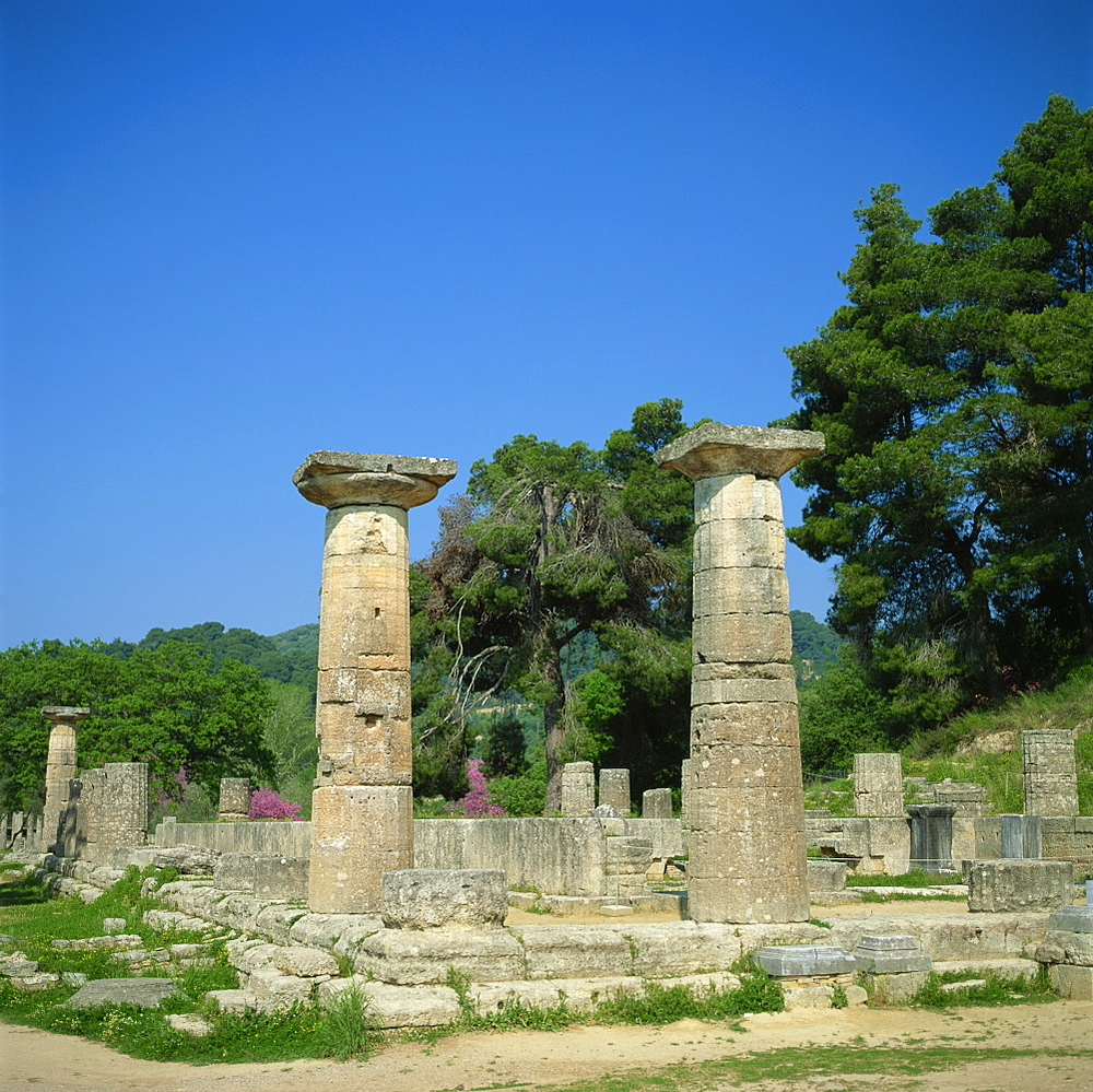 Columns and ruins of the Temple of Zeus at Olympia, UNESCO World Heritage Site, Greece, Europe