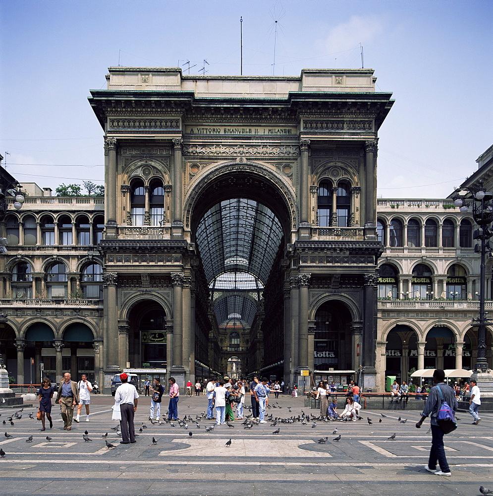 Galleria Vittorio Emanuele, the world's oldest mall, Milan, Italy, Europe - 136-2018