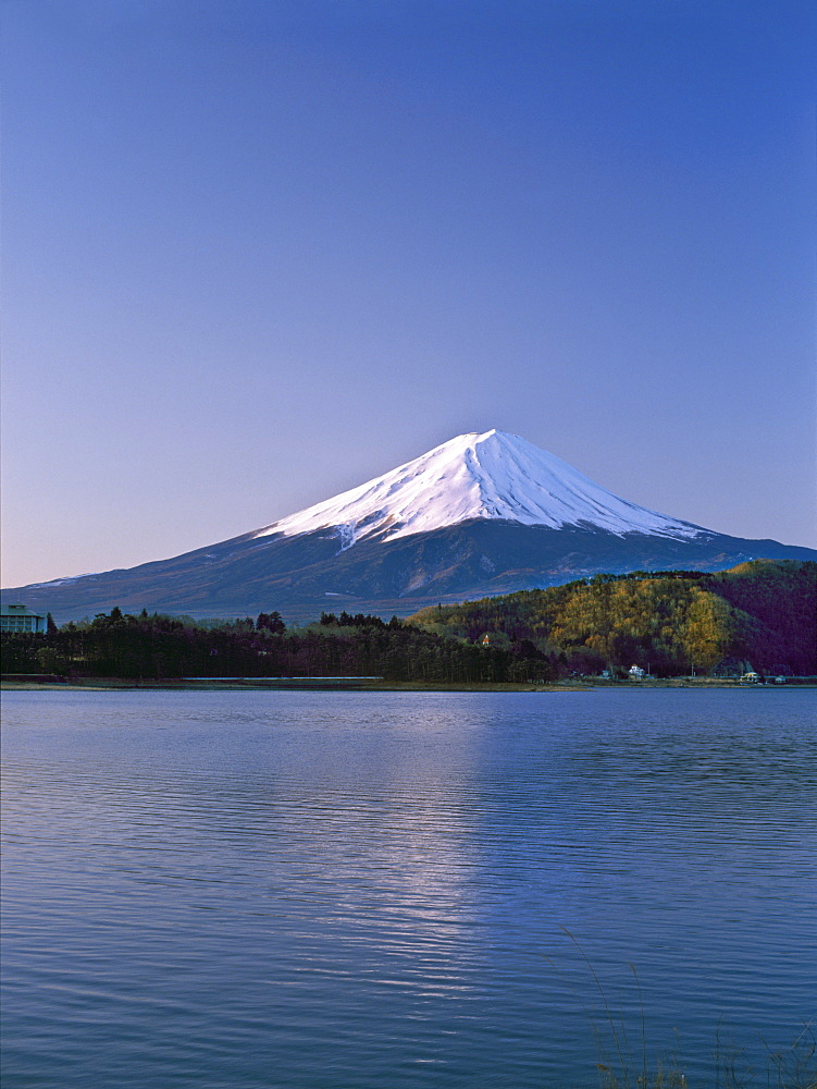 Sunrise on Mount Fuji from Lake Kawaguchi, Yamanashi Prefecture, Japan, Asia - 16-3182
