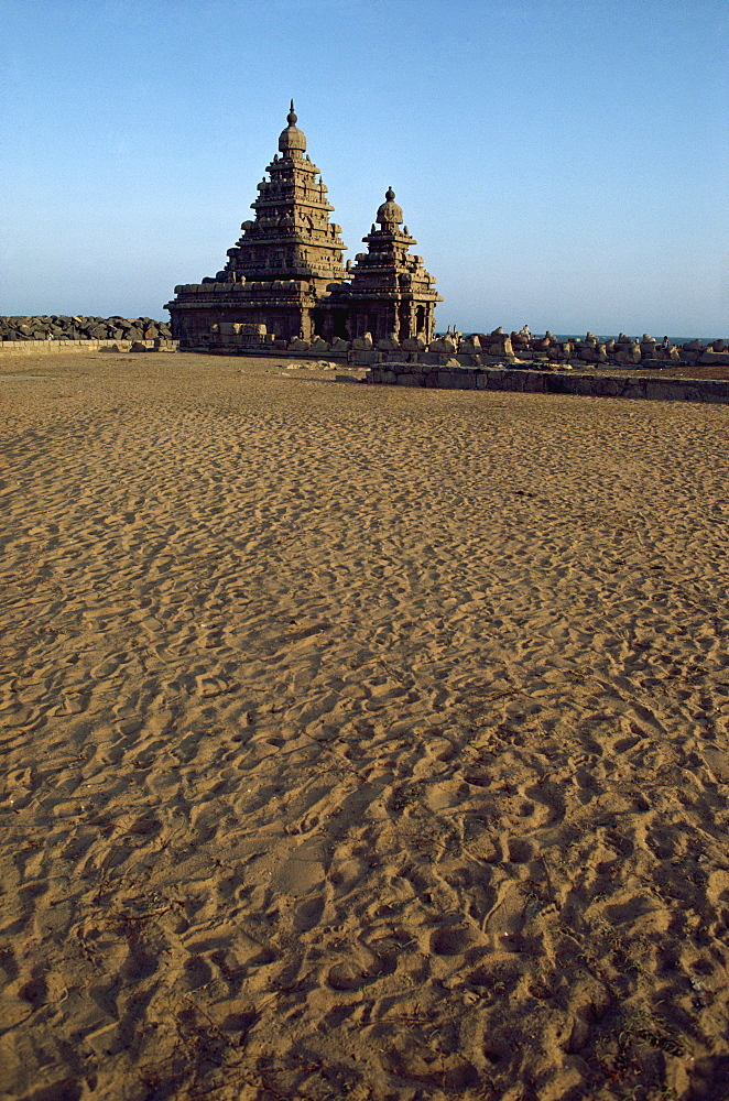 Shore Temple, Mahabalipuram, UNESCO World Heritage Site, Tamil Nadu state, India, Asia