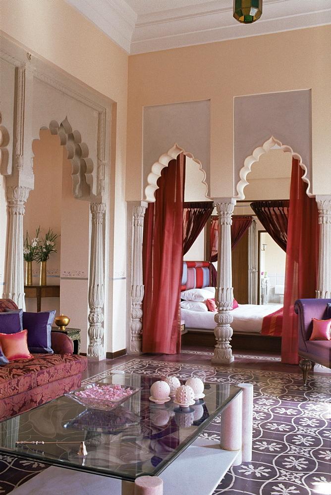 Bedroom suite, Usha Kiran Palace Hotel, Gwalior, Madhya Pradesh state, India, Asia - 17-4570