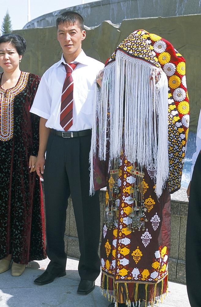 Traditional Turkman wedding, Ashkabad, Turkmenistan, Central Asia, Asia