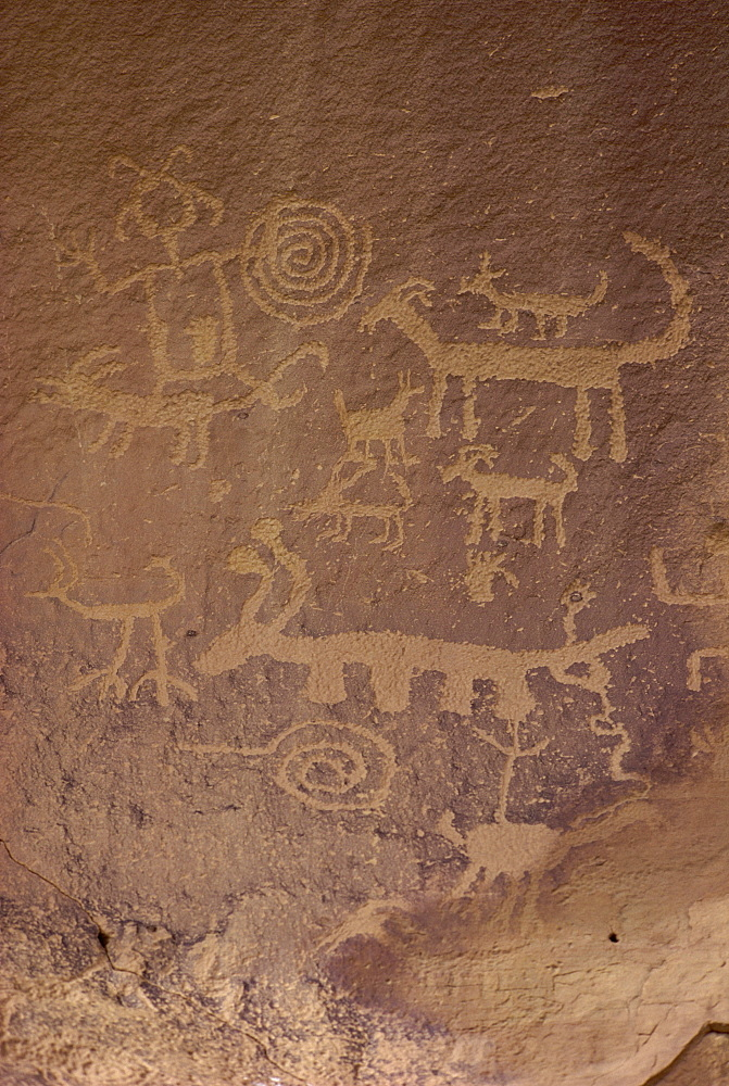 Petroglyphs, Chaco Canyon National Monument, New Mexico, United States of America, North America - 190-1863