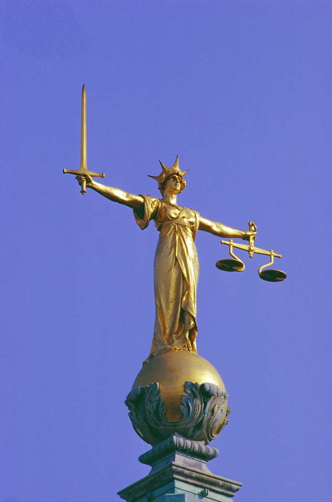 The Scales of Justice above the Old Bailey Law Courts, Inns of Court, London, England, UK
