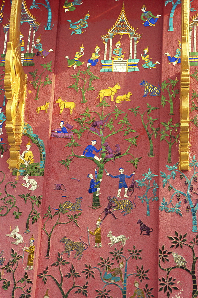Detail of Wat Xieng Thong, Luang Prabang, UNESCO World Heritage Site, Laos, Indochina, Southeast Asia, Asia - 2-20144