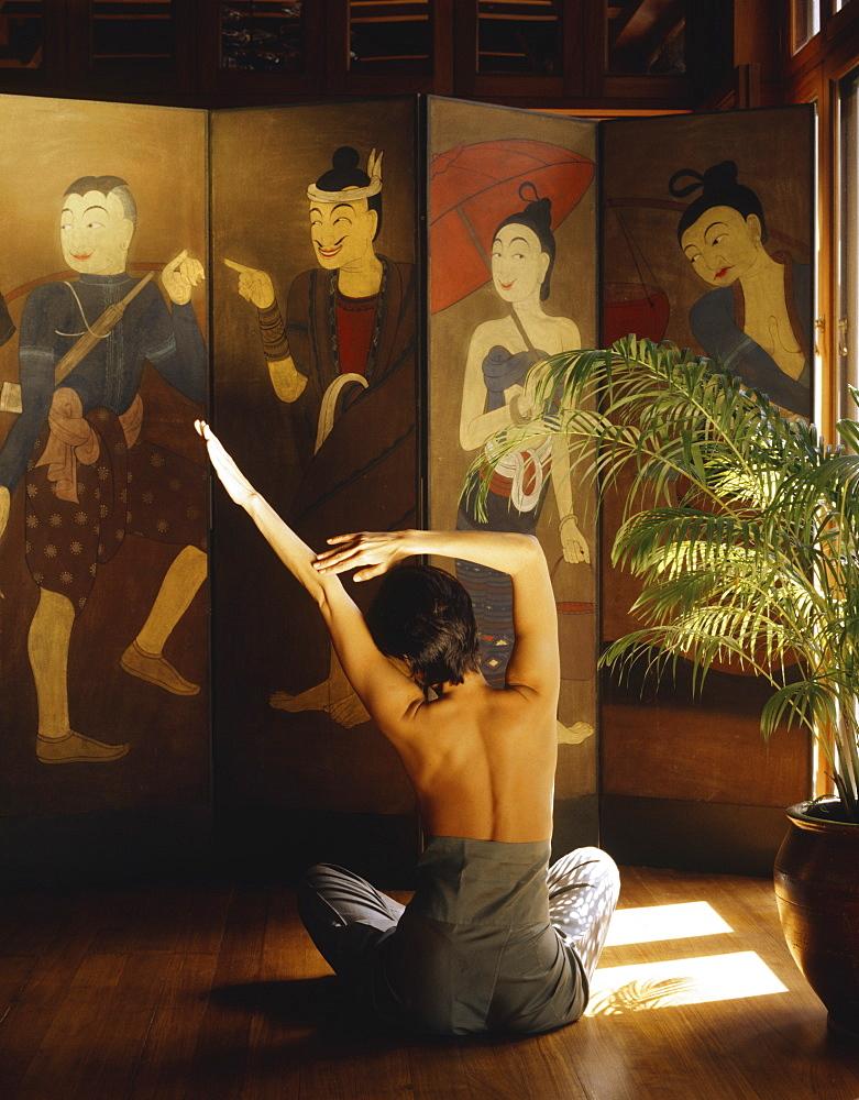 Girl doing Yoga at the Oriental Spa, Bangkok, Thailand, Southeast Asia, Asia - 238-5043