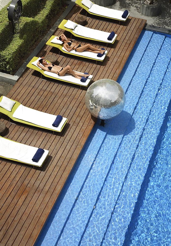 Pool at the Park Hotel, New Delhi, India, Asia