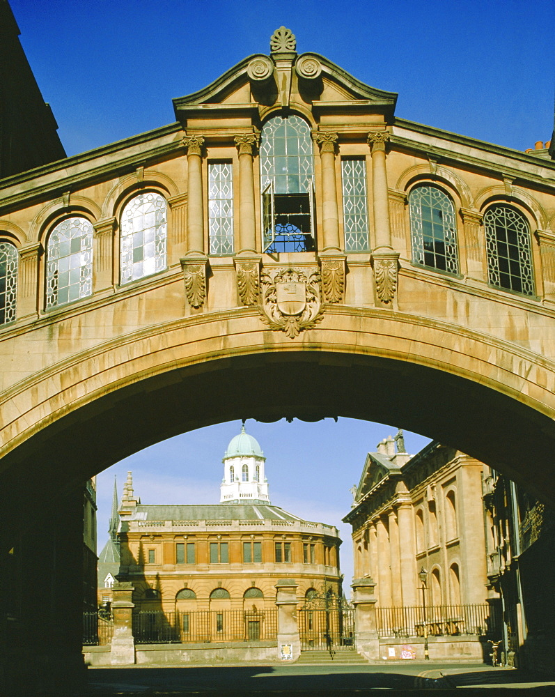 Bridge of Sighs and the Sheldonian Theatre, Oxford, Oxfordshire, England, UK