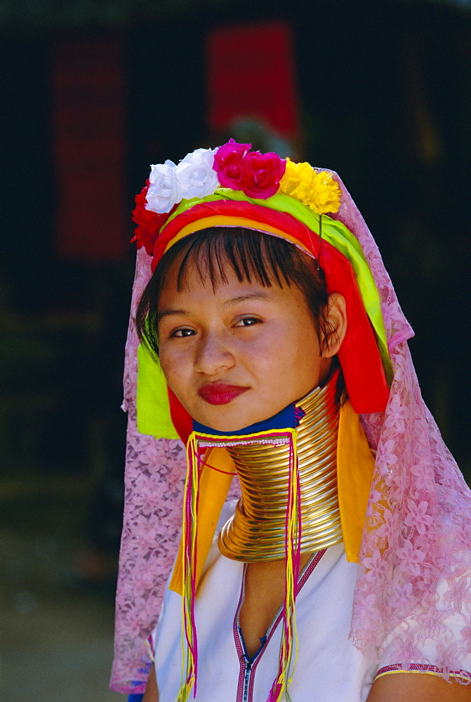 Portrait of a 'Long necked' Padaung tribe woman, Mae Hong Son Province, Thailand, Asia