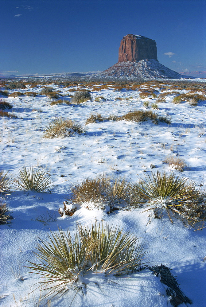 Monument Valley in winter, Mitchell Butte, Arizona, United States of America, North America - 29-3919