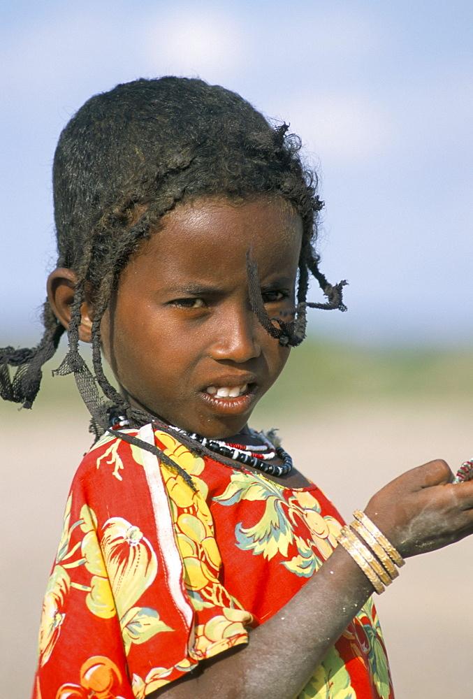 Portrait of an Afar girl, daughter of desert nomad, Afar Triangle, Djibouti, Africa