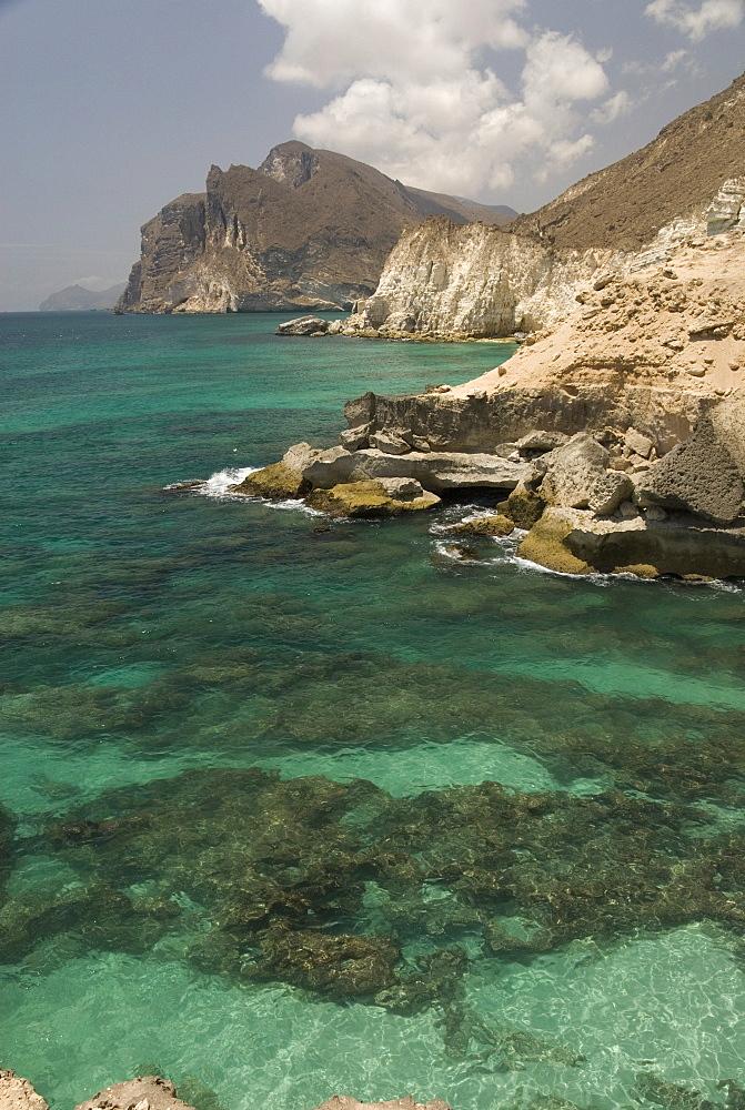 The limestone coast of southern Oman, Mughsayl, Salalah, Dhofar, Oman, Middle East  - 29-5339