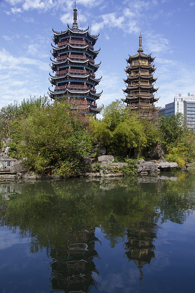 Two Pagodas Park, Guilin, Guangxi, China, Asia