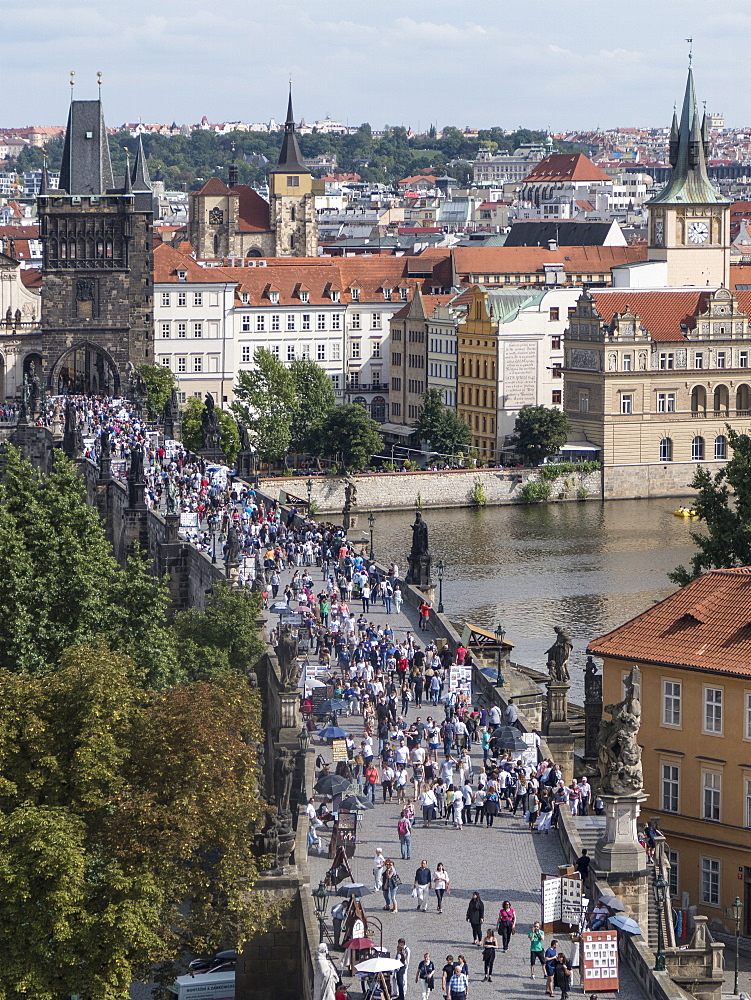 Charles Bridge and Stare Mesto, UNESCO World Heritage Site, Prague, Czech Republic, Europe - 306-4375