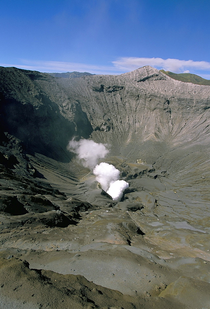 Rim of Gunung Bromo, Bromo-Tengger-Semeru National Park, island of Java, Indonesia, Southeast Asia, Asia