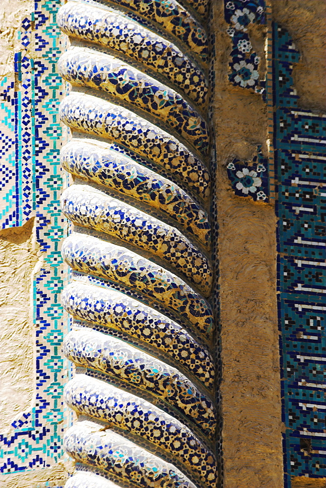 Unique Timurid corkscrew pillars of the Shrine of Khwaja Abu Nasr Parsa, Balkh (Mother of Cities), Balkh province, Afghanistan, Asia